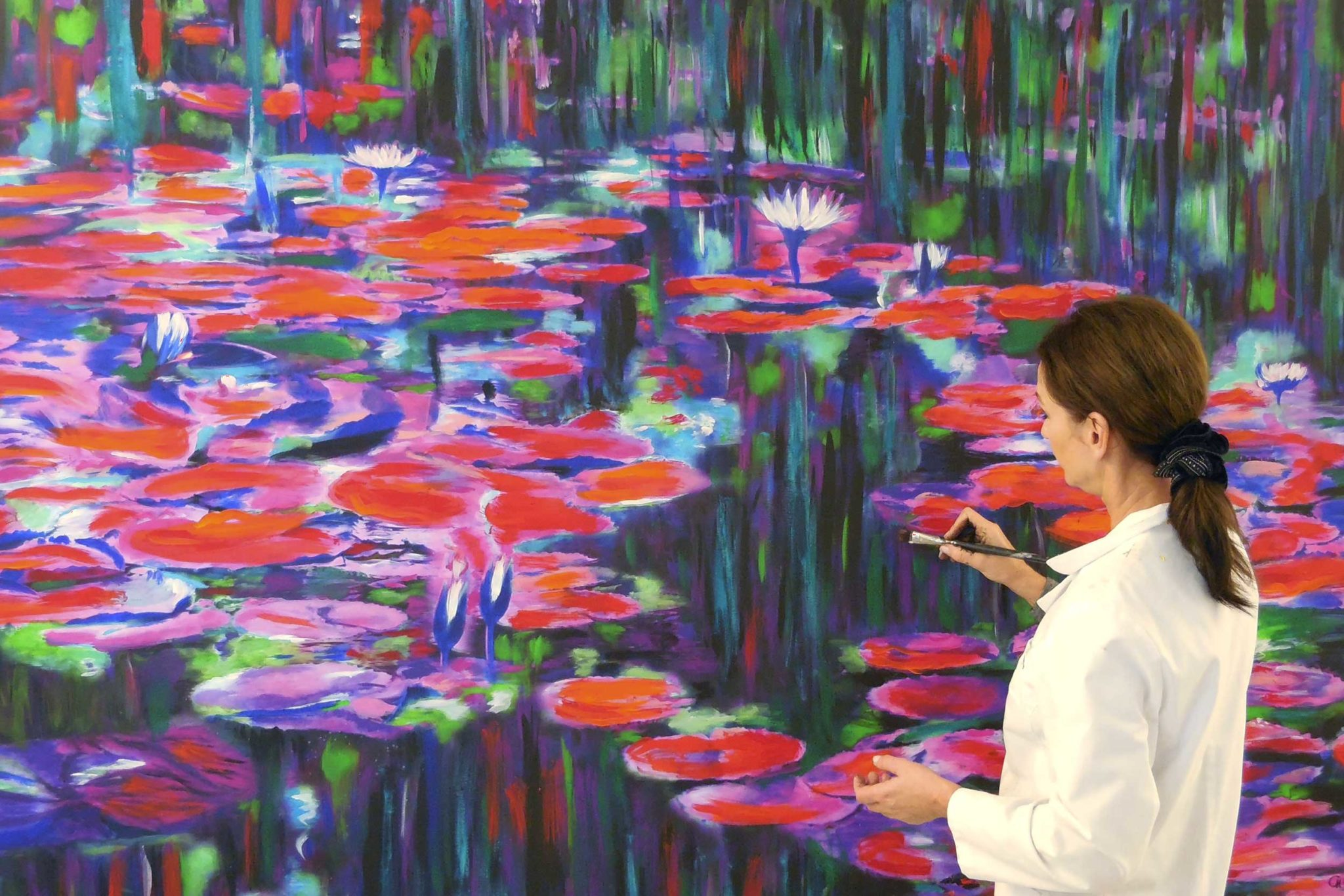 Cornelia Hagmann Painting Water Lilies Pond Red Green Purple Blue, Seidenschal, sciarpa di seta, foulard soie,