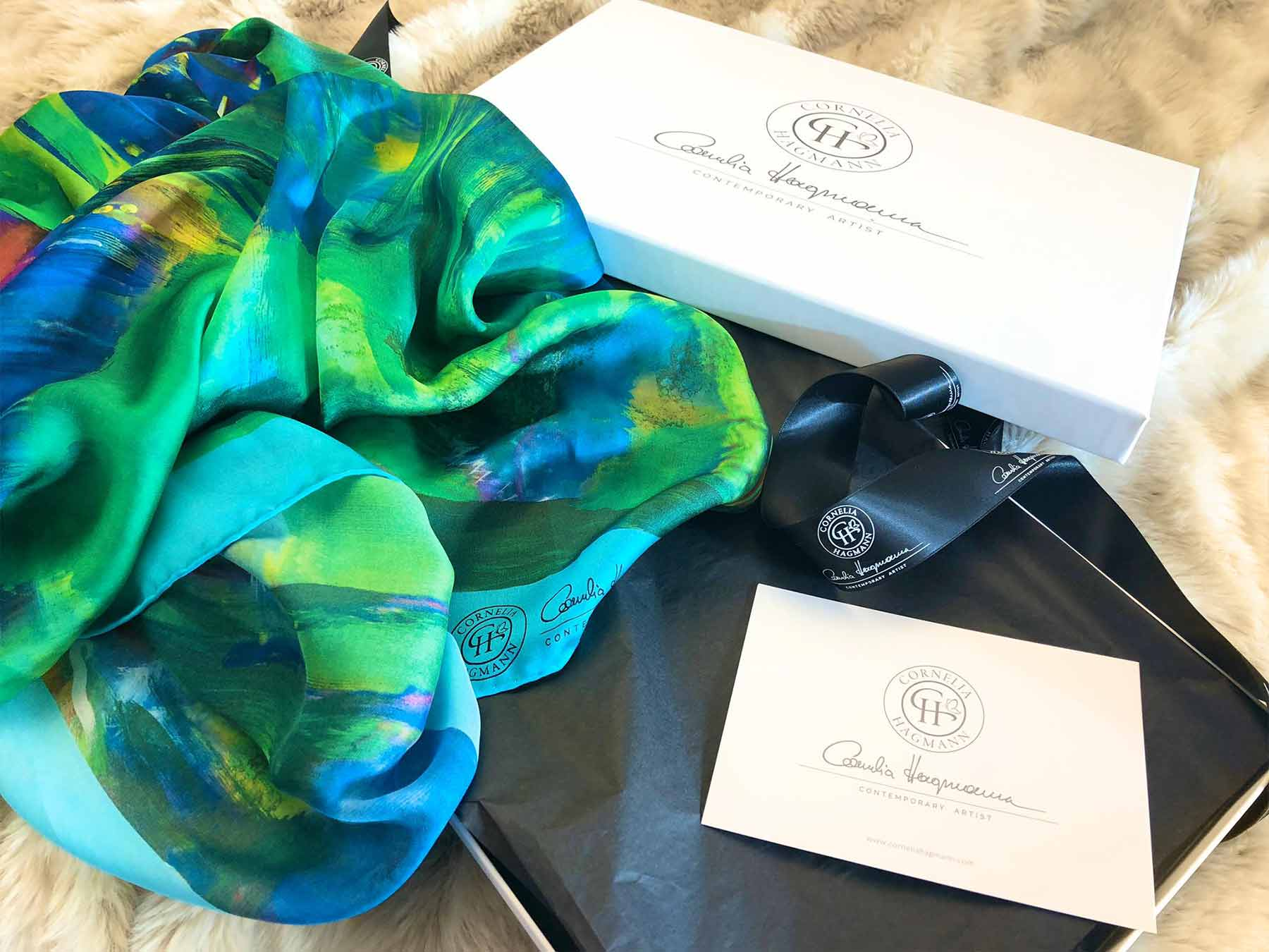 Contemporary Artist Cornelia Hagmann La Galleria Silk Scarf Gift Box, Seidenschal, sciarpa di seta, foulard soie,