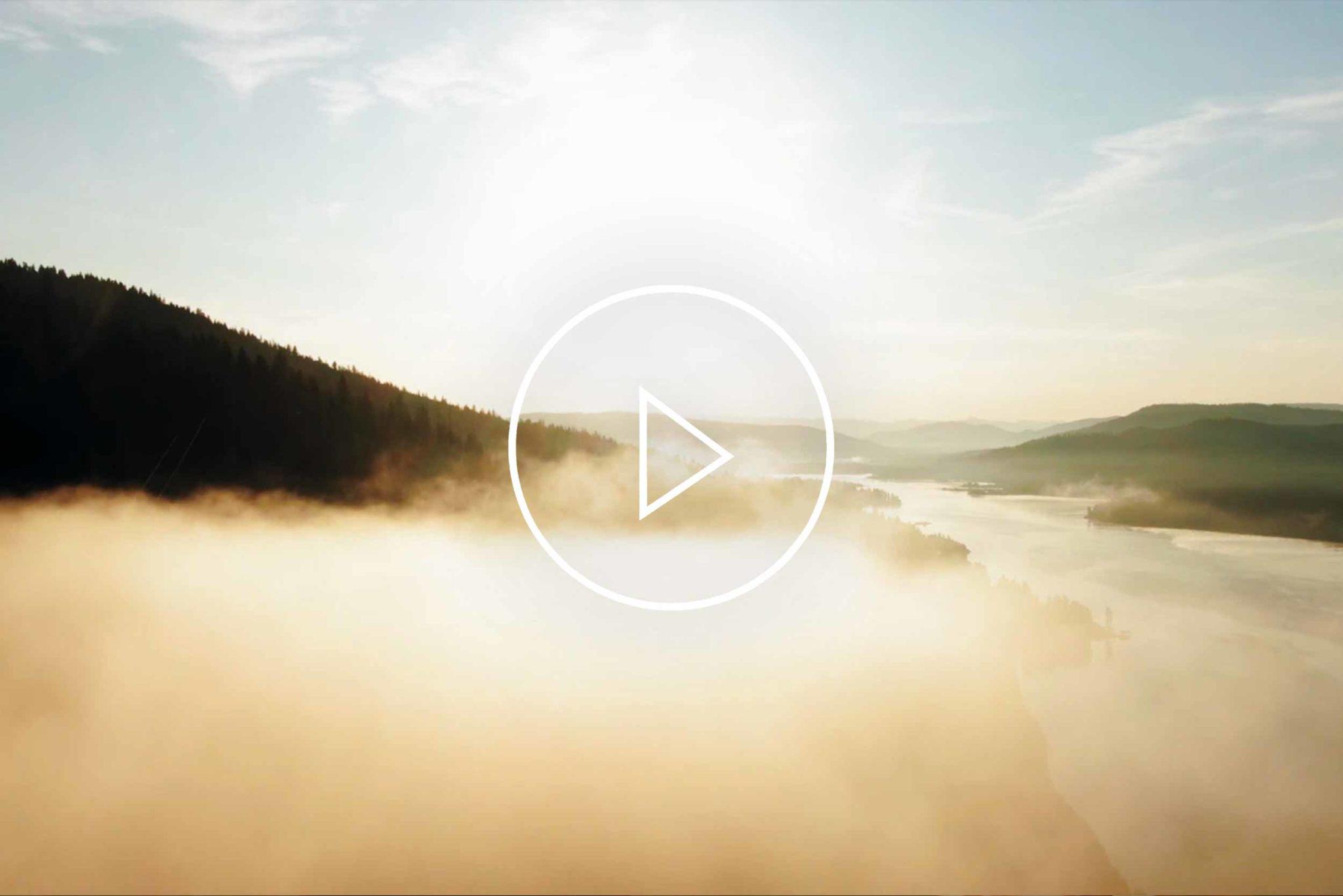 Cornelia Hagmann La Galleria Silk Scarves Image Movie St Moritz 2019, Seidenschal, sciarpa di seta, foulard soie,