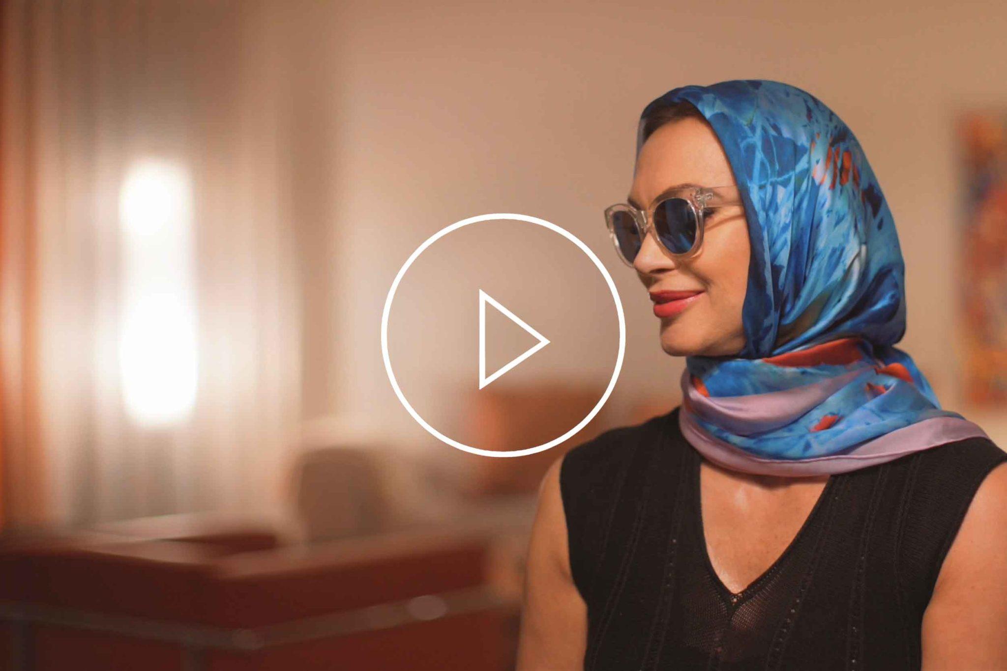 "La Galleria Contemporary Artist Cornelia Hagmann Silk Scarves Movie Vintage Style Head Scarf ""Grace"", Seidenschal, sciarpa di seta, foulard soie,"
