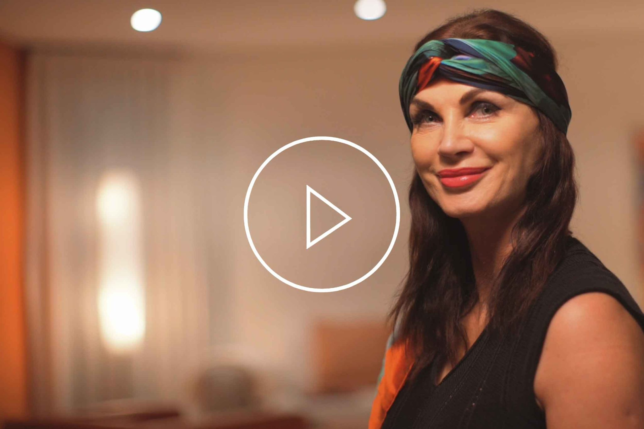 "La Galleria Contemporary Artist Cornelia Hagmann Silk Scarves Movie Vintage Style Head Scarf ""Marlene"", Seidenschal, sciarpa di seta, foulard soie,"
